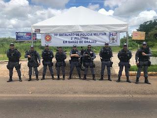 CUMPRINDO O DECRETO DO GOVERNADOR, POLICIAIS MILITARES DO 35° BPM JÁ ESTÃO NAS RUAS FISCALIZANDO O FECHAMENTO DE LOJAS, BARES, ACADEMIAS, RESTAURANTES E SIMILARES EM SÃO JOÃO DOS PATOS E REGIÃO