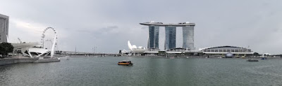 La Singapore Flyer, el Art Science Museum y el Marina Bay Sands. Singapur o Singapore.