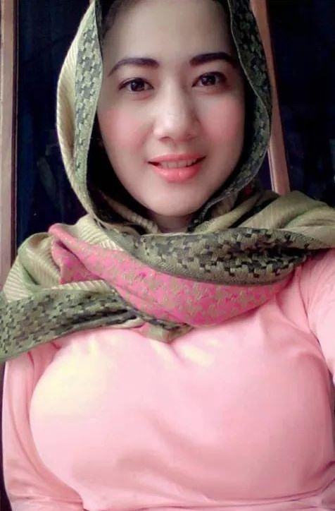 Wanna bone cerita sex janda bandung for