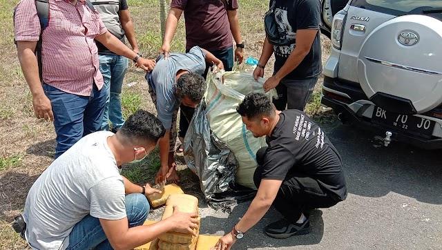 Ganja 30 Bal Dalam Goni di Bawah Fly Over Medan Diamankan Polisi