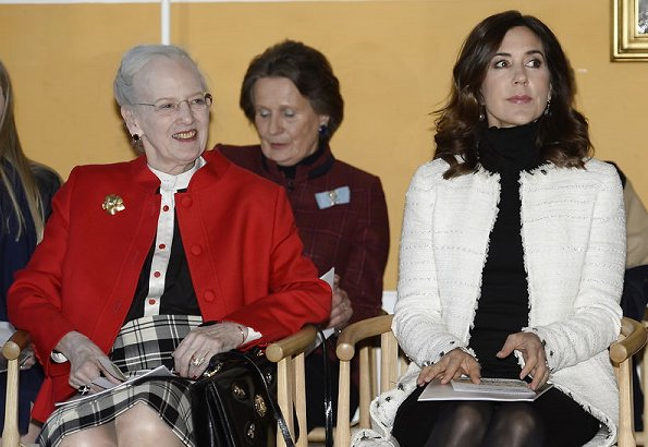 Crown Princess Mary wore Chanel white and black patterned wool tweed coat and Gianvito Rossi black shoes, carried Carlend Copenhagen Vanessa clutch