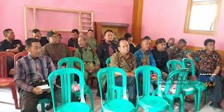 *para panitia dan bakal calon kades se-Jampang Kulon*