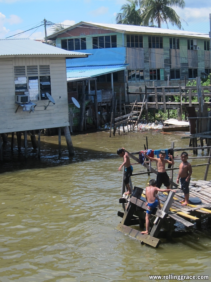 kampong ayer population