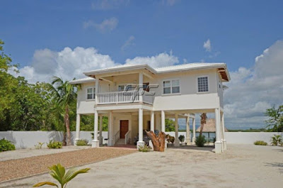 House Hunting In Belize