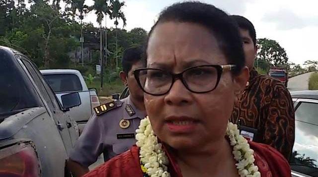 Menghina Ahok, Menteri Yohana Dipolisikan