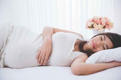 Posisi Tidur Yang Baik Untuk Ibu Hamil