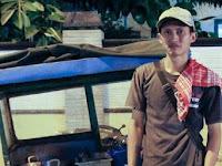 Anton Wibowo, Pemuda Inspiratif yang Berdagang Sambil Membuka Perpustakaan Gratis