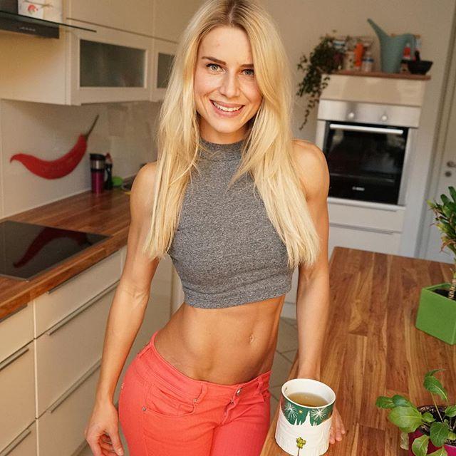 Model Adrienne Koleszar