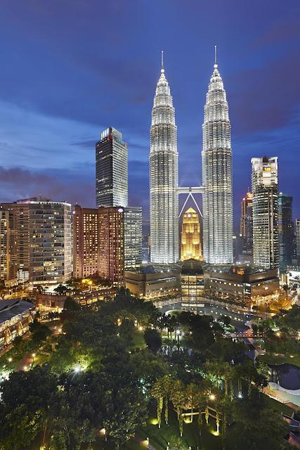 Ghé thăm Kuala Lumpur thưởng thức bình minh trên cao - 1