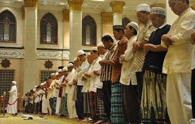 13 Rukun Rukun Shalat dalam Islam