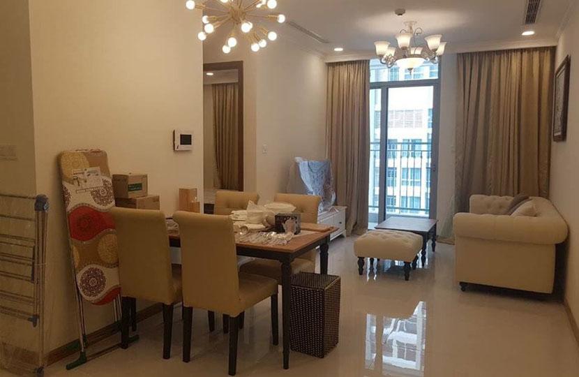 Chủ nhà Đài Loan cho thuê căn hộ 1PN tầng 30 Landmark Plus