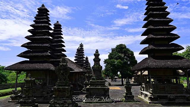 Meru Tumpang Pura Taman Ayun Bali