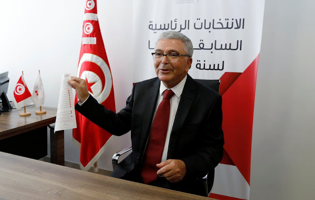عبد الكريم الزبيدي يترشح لرئاسة تونس ويترك وزارة الدفاع