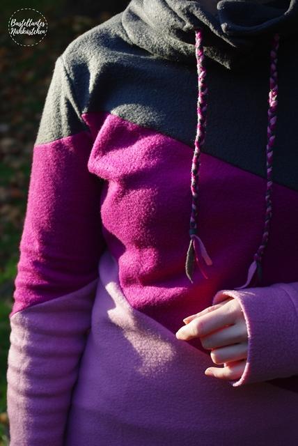 Details -Hoodie Shirt Lady Rockers schräg geteilt Rosa Pink Grau  mit Kragen Schnittmuster von Mamahoch2 selbst genäht Damen Sweatshirt Fleece Pullover Nähblog