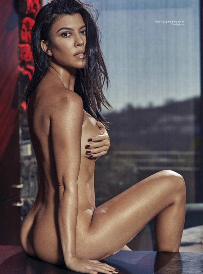Kourtney Kardashian poses naked for GQ Mexico