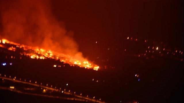 Έκρηξη ηφαιστείου στα Κανάρια Νησιά της Ισπανίας: Χιλιάδες κάτοικοι της Λα Πάλμα εγκατέλειψαν τις εστίες τους