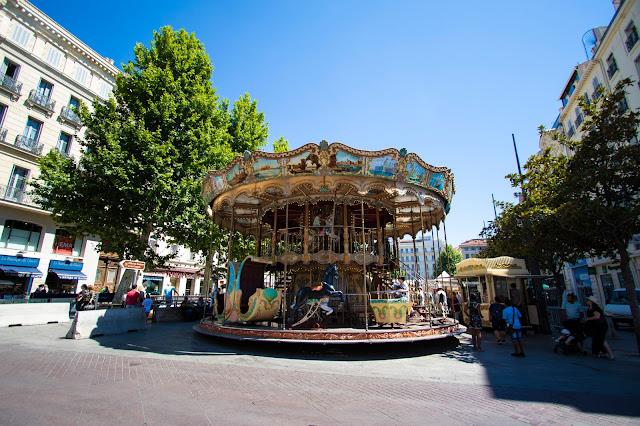 Place du marché des capucins-giostra