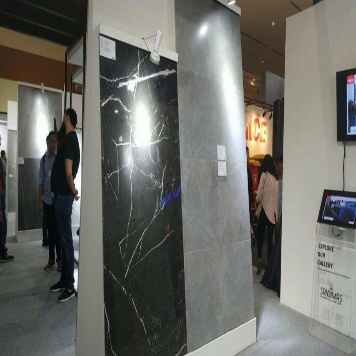 Granit Sandimas Menghadirkan Granit Berteknologi 3D