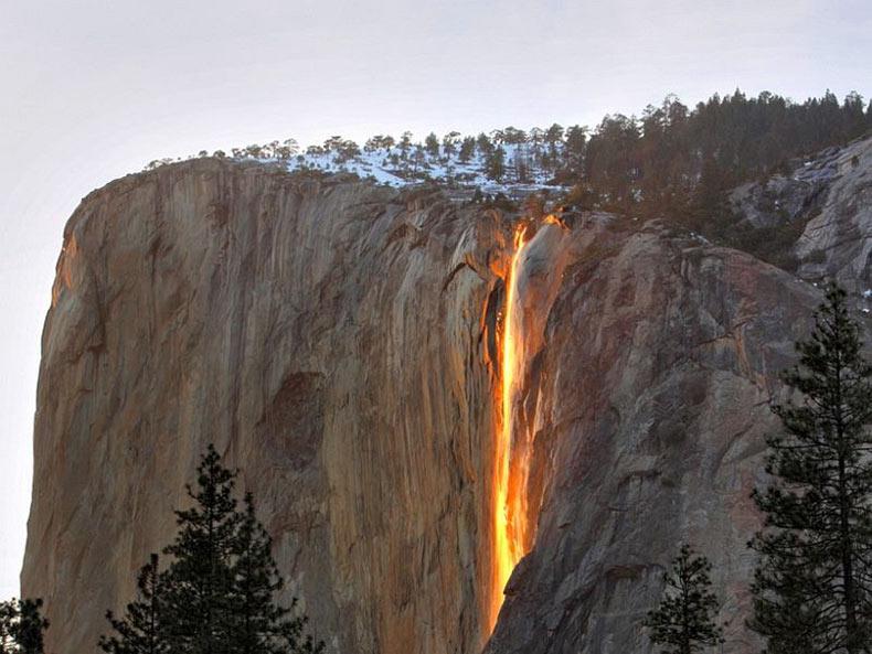 Horsetail Firefall: La cascada de fuego