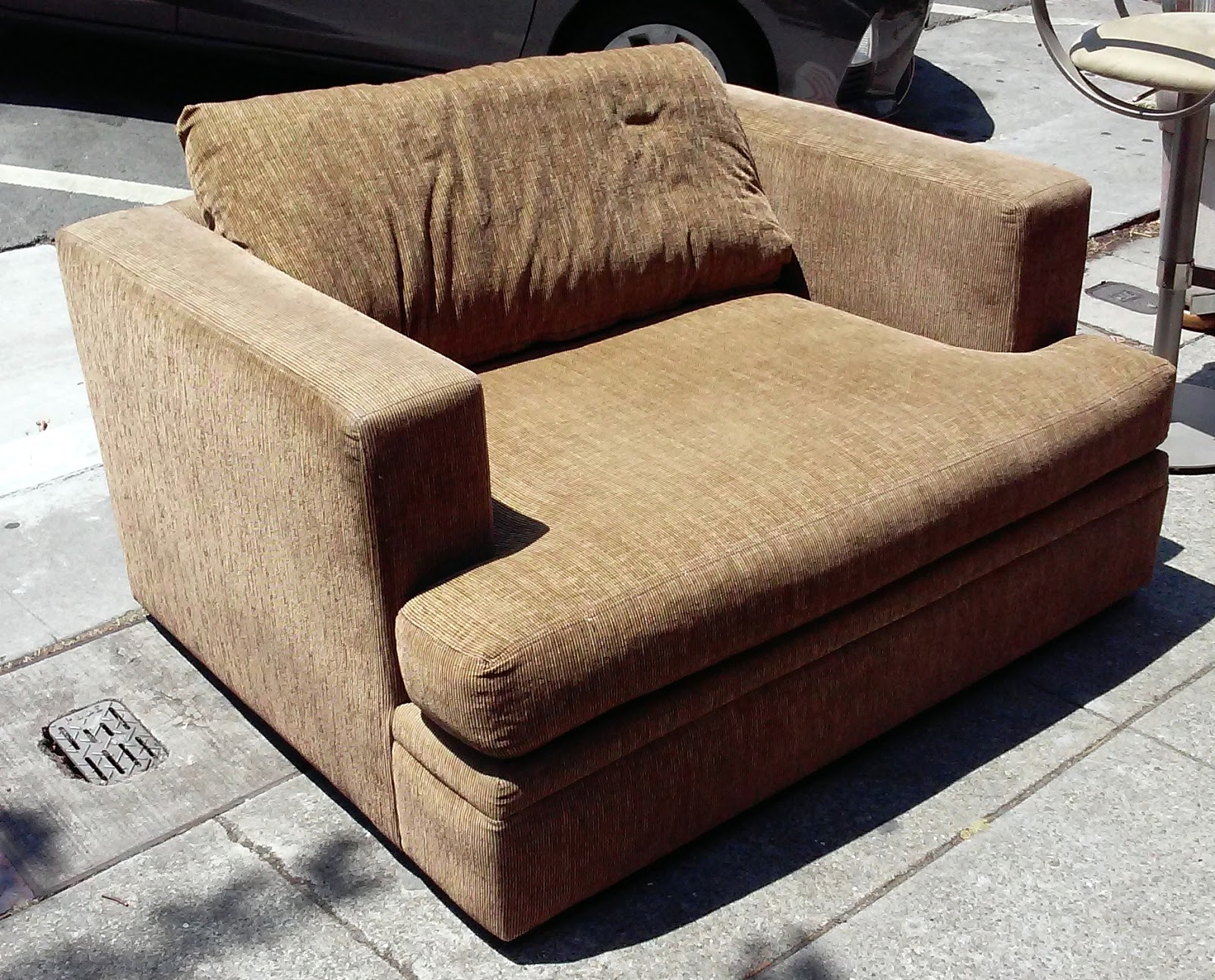 Superbe SOLD **BARGAIN BUY** #3029 Macyu0027s Modern Concepts Designer Corduroy Chair  And A Half   $60