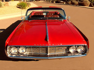 1962 Oldsmobile 98 Luxury Convertible Front