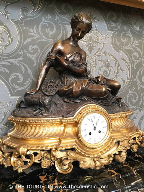 Art Museum Riga Bourse gilded clock