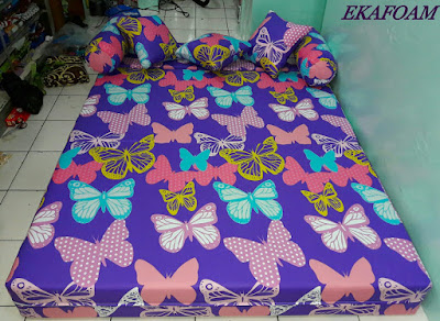 Sofa bed inoac 2016 motif purple butterfly / KUPU-KUPU UNGU