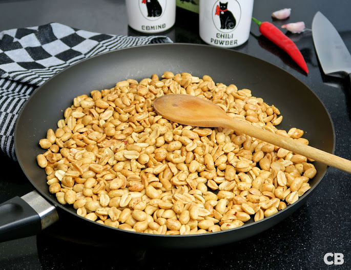 Pinda's roosteren voor je zelfgemaakte pindakaas