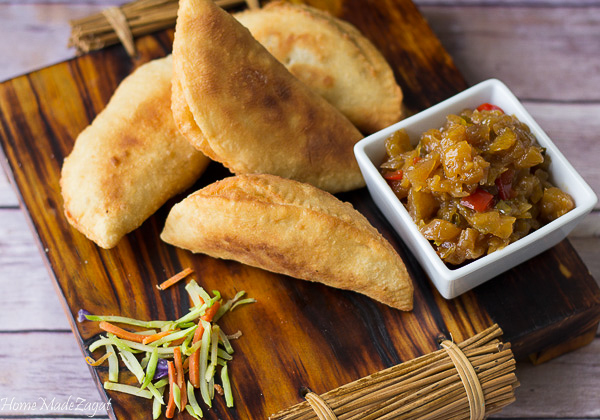 Aloo Pies: A delectable small pie filled with seasoned potato or vegetables and deep fried. #HomeMadeZagat