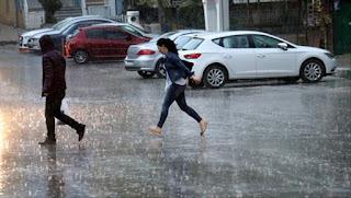 الأرصاد الجوية تحذر من عواصف رعدية وأمطار غزيرة في 12 ولاية تركية