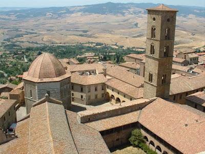 Il bellissimo Borgo medievale di Volterra (Pisa) - Travel blog Viaggynfo