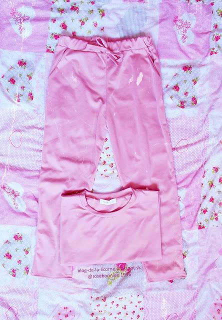 Femme Luxe Finery Rose Short Sleeve Boxy Loungewear Set - Lacy Review Blog de la Licorne