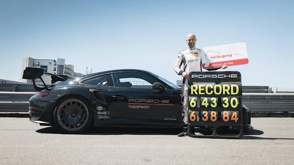 Porsche 911 GT2 RS Nürburgring-Nordschleife