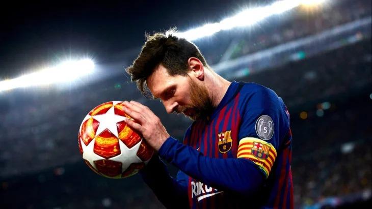 Messi anuncia que se bajará el 70% de su sueldo por la crisis del Coronavirus y CR7 lo sigue