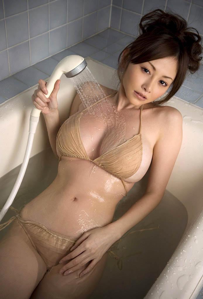 anri sugihara hot bikini pics 03