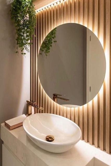 banheiro planejado painel ripado espelho com led