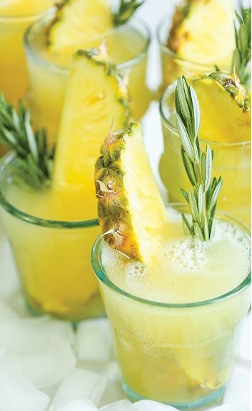 Pineapple Prosecco Punch