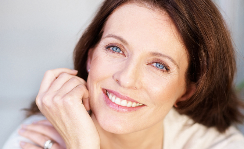 5 Incredibly Simple Tips to Stop Your Skin From Aging