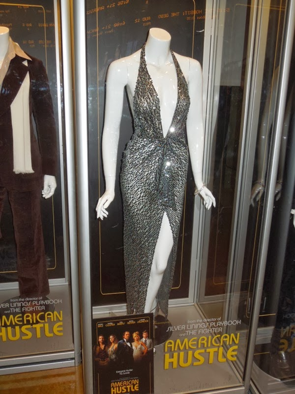 Amy Adams American Hustle Sydney Prosser movie costume
