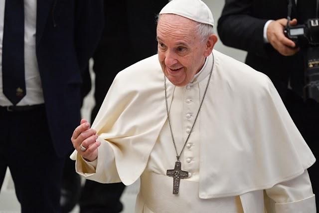 Papa Francisco volta a dizer que 'aborto é homicídio'