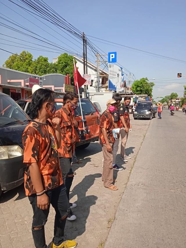 Aksi Pemuda Pancasila Kudus Sosialisasi Prokes di Wilayah Perbatasan Kabupaten