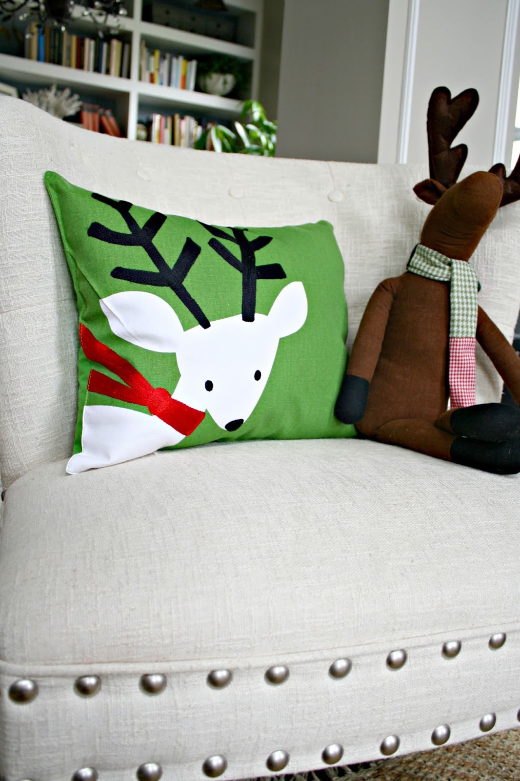Making Christmas pillows out of placemats