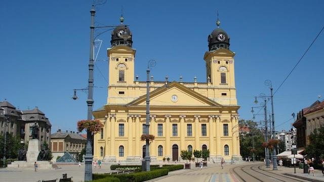 Koronavírus: Debrecenben több mint 400 rendezvény marad el