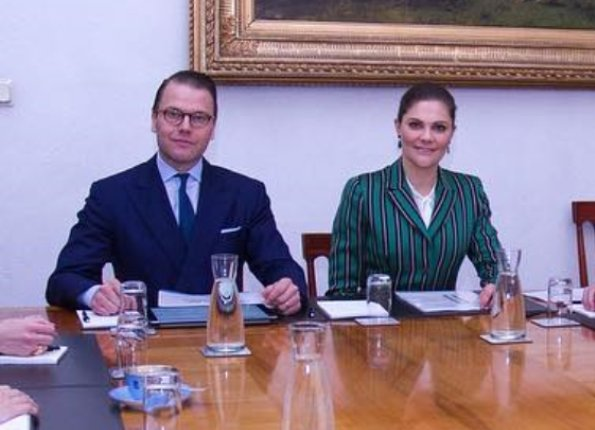 Crown Princess Victoria wore J.Lindeberg blazer, Tiger of Sweden suit, H&M Jacket for meetingç Prince Daniel at Stockholm Royal Palace