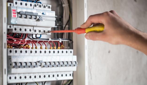 Installation électrique à Cannes