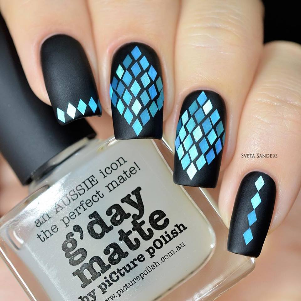 Rhinestones Nail Art - Motivational Trends