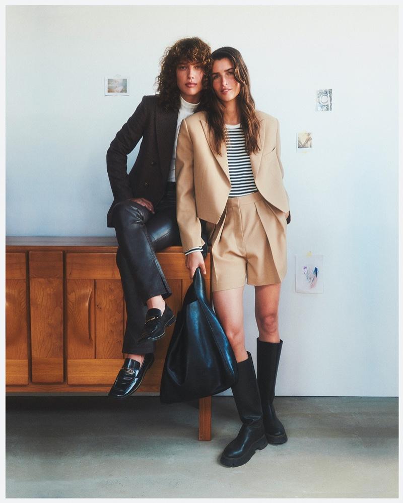 Gigi Ringel and Eeva Lioni front Mango Family Portraits fall-winter 2021 campaign.