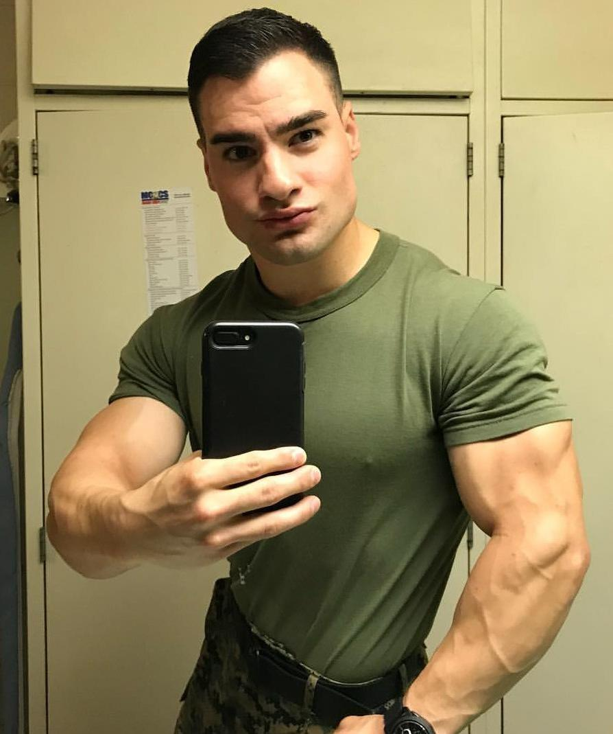 handsome-straight-masculine-muscle-man-nipple-shirt-huge-nose