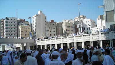 TKI Saudi Kena Corona Inggris, Jamaah Haji Wajib Vaksin