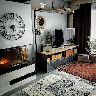 Vestiaire en métal transformer en meuble pour télévision
